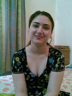 قصص محام http://six.arabshow.org/2011/09/erum-pakistani-girl-pictures-hot-sexy.html