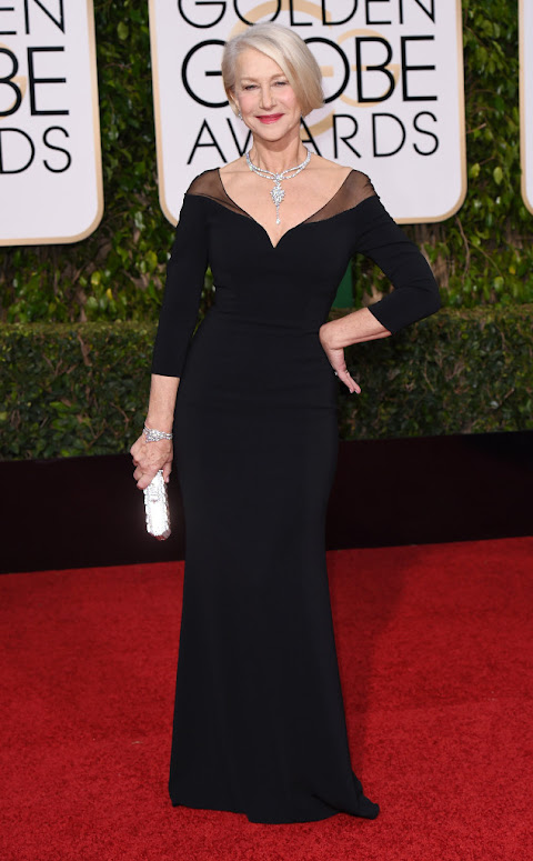 Helen Mirren stuns in an LBD at the Golden Globes 2016