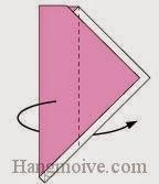 Bước 7: Gấp tờ giấy về phía mặt đằng sau theo chiều từ phải sang trái.
