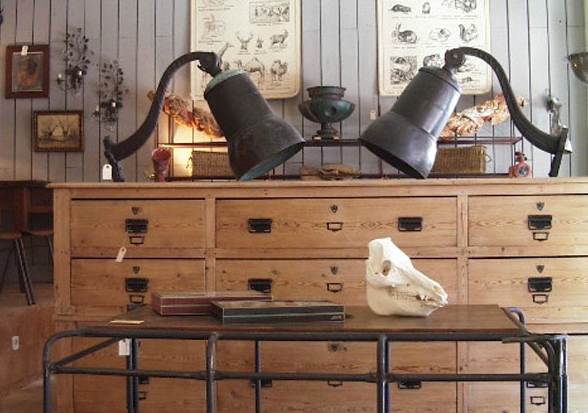 Casa de muebles en madrid cool fabrica de muebles de for Compra de muebles antiguos madrid