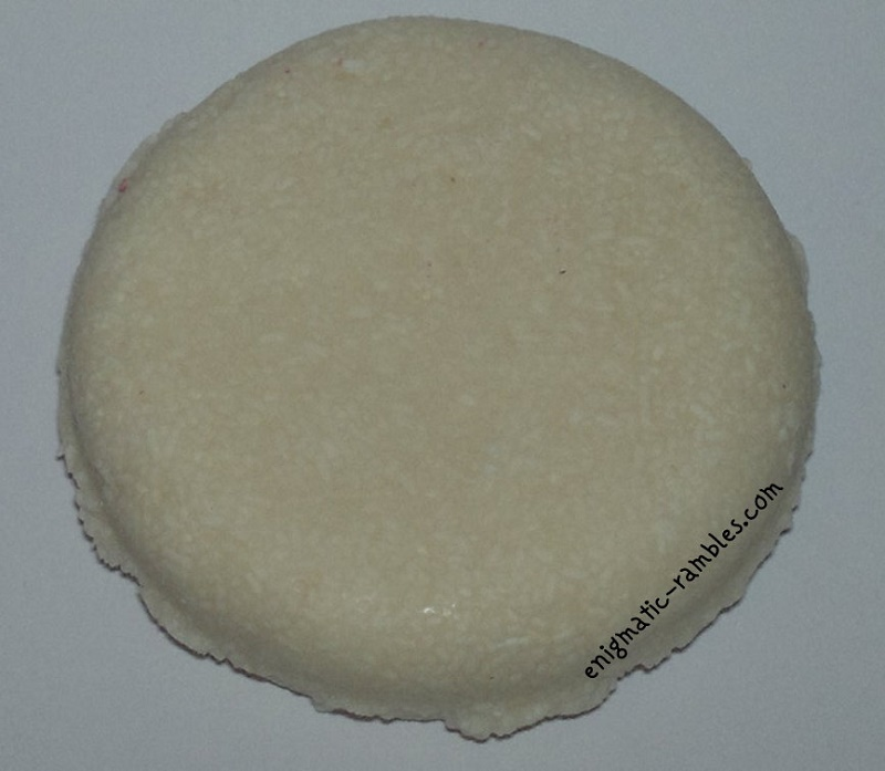 Lush-Honey-I-Washed-My-Hair-Shampoo-Bar