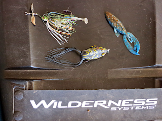 Man powered fishing 6 bass baits that excel in different for Best lures for summer bass fishing