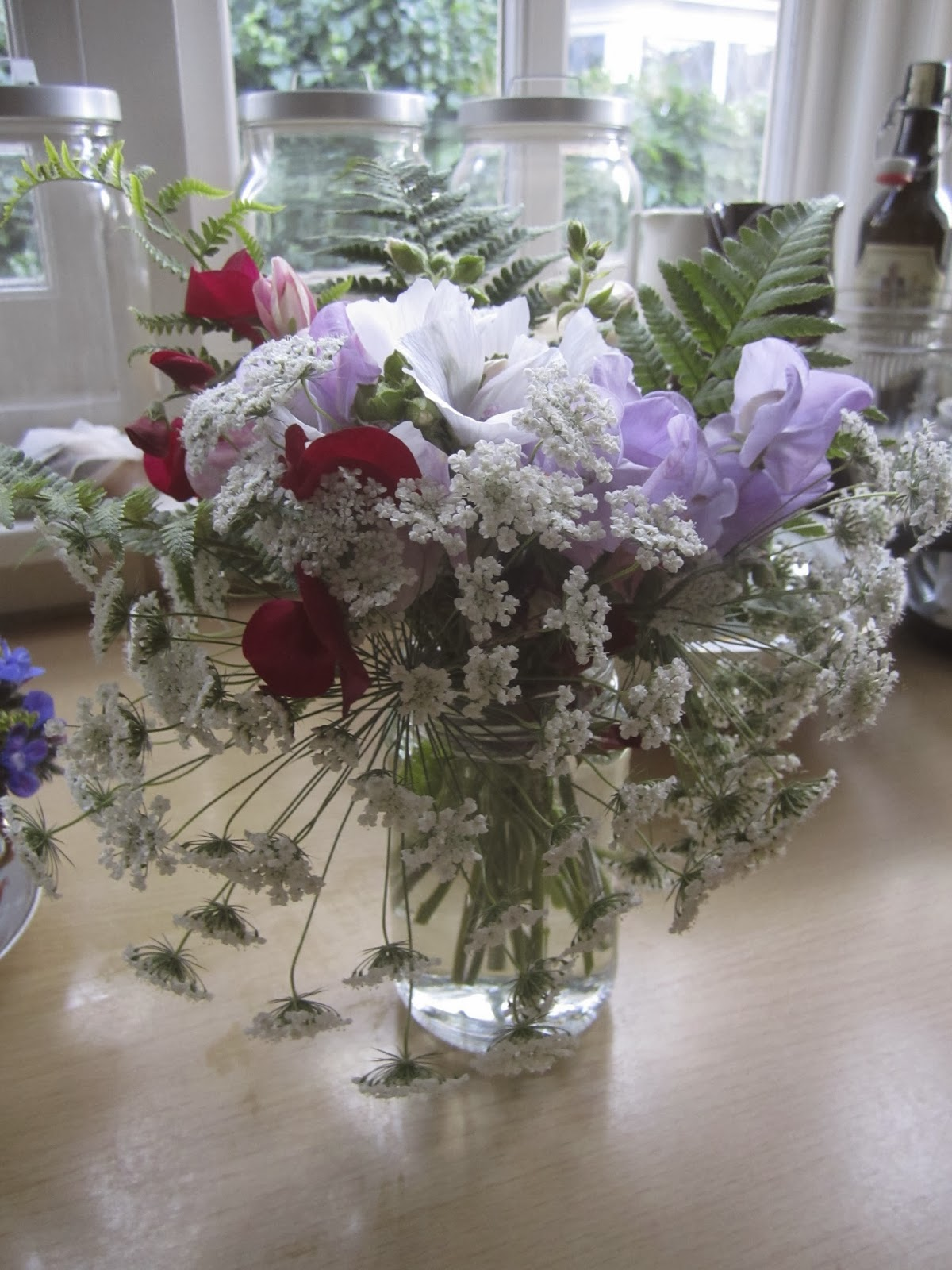 Lovely, natural table centrepiece.