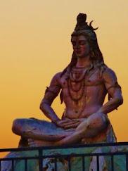 As 4 Leis da Espiritualidade ensinadas na Índia
