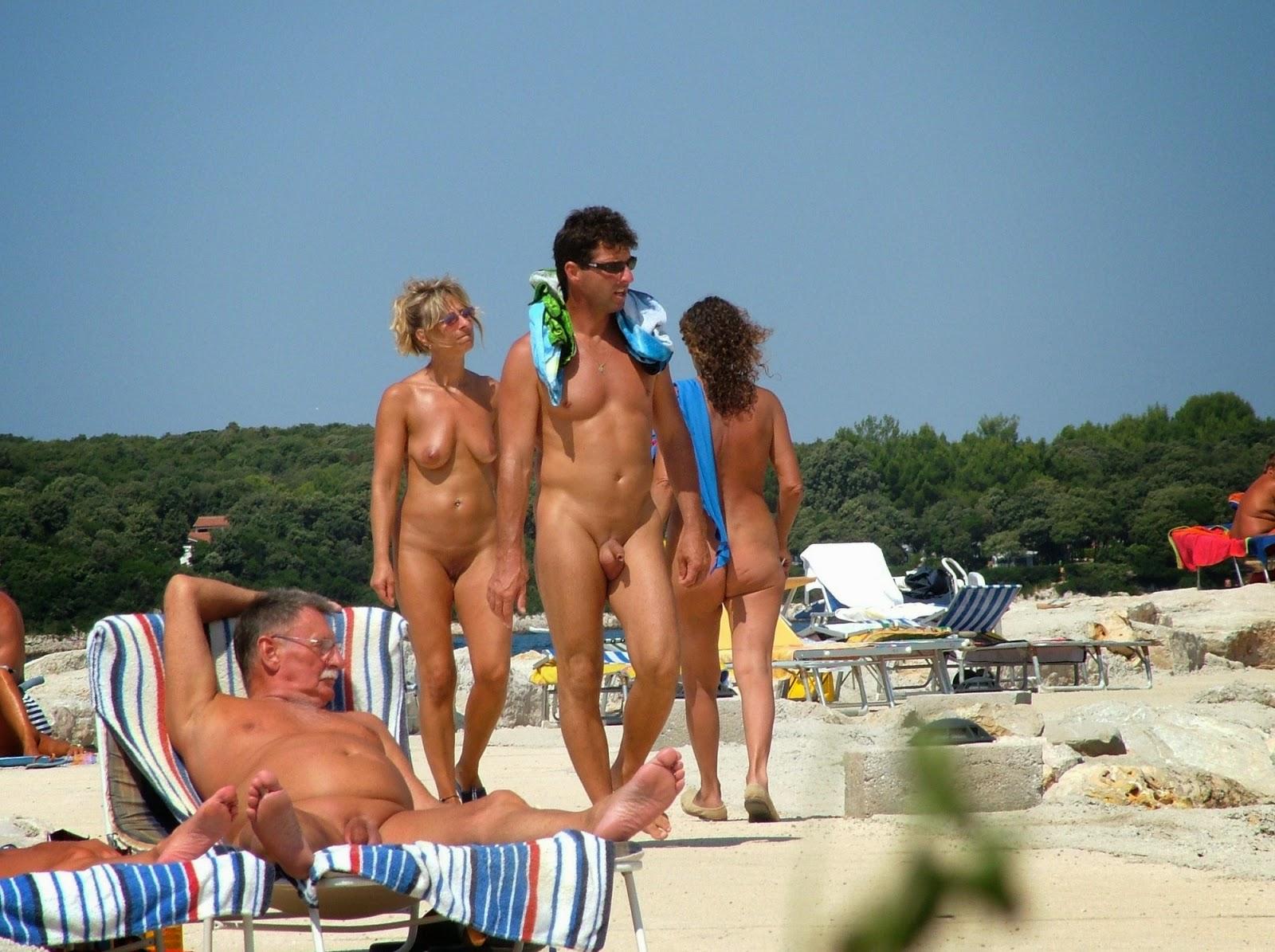 Her nudism city