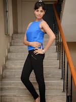 Supriya Shailaja latest glamorous photos-cover-photo