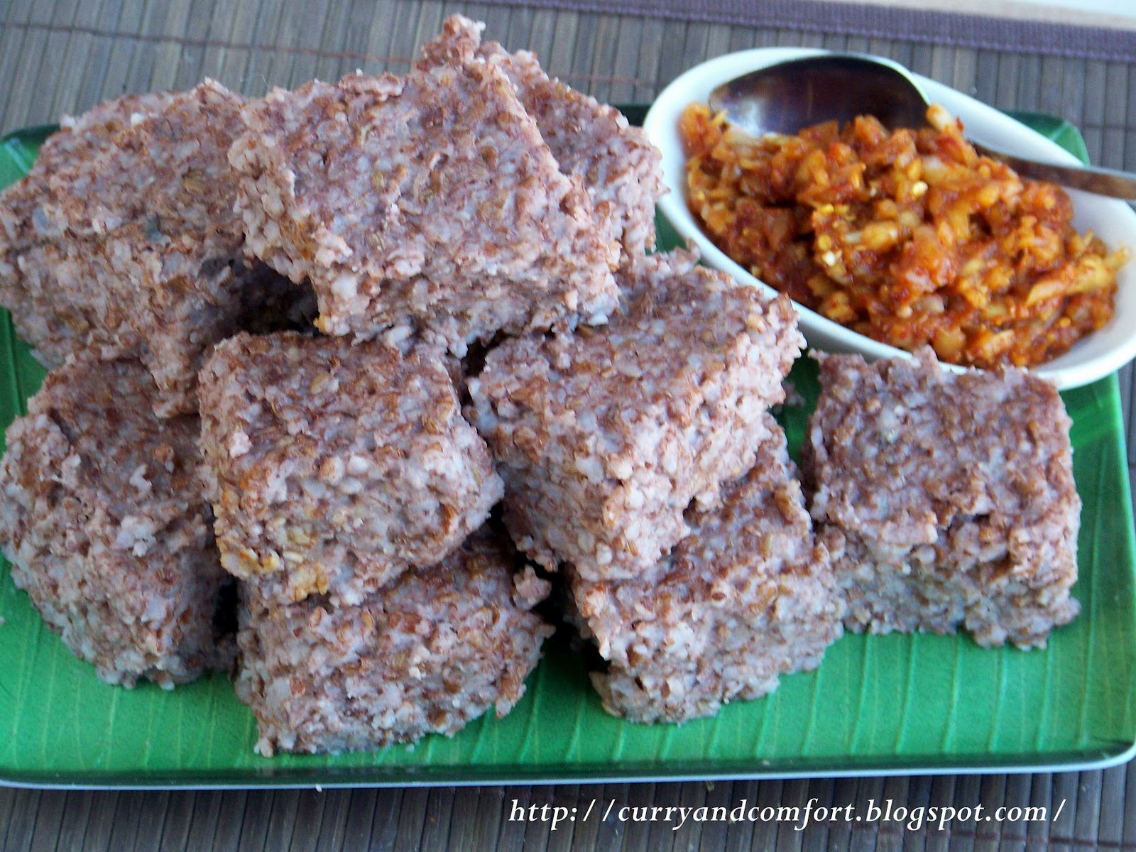 Kitchen simmer world on a plate auspicious food for a prosperous sri lankan kiri bath pronounced kiree buth translates in english literally as milk rice is a traditional dish that is served and eaten during forumfinder Choice Image