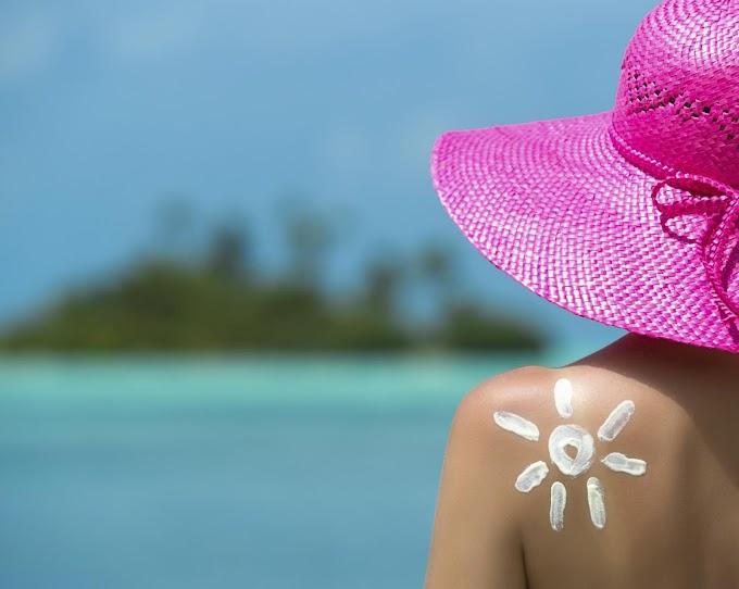 El kit de belleza para llevar en vacaciones según cada tipo de mujer
