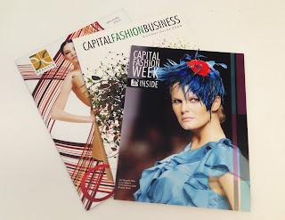 fe9be4f29ca36 Carla Furtado e Mara Taddei, da Agência Athena, foram convidadas pela  empresária Márcia Lima para editar a 10ª revista CFW, publicação do evento  de moda que ...