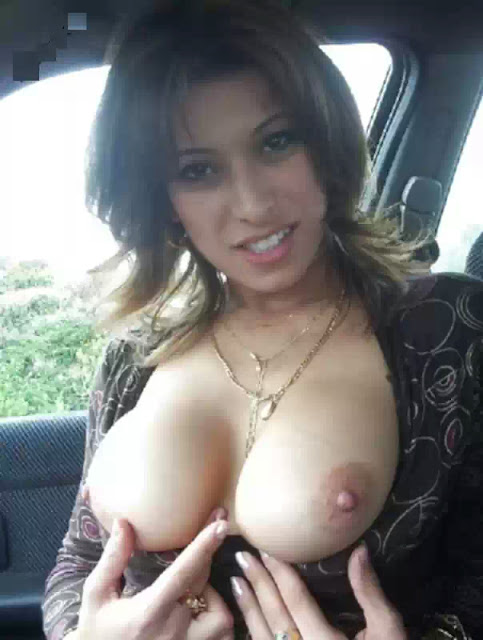 indian bhabhies showing boobs   nudesibhabhi.com