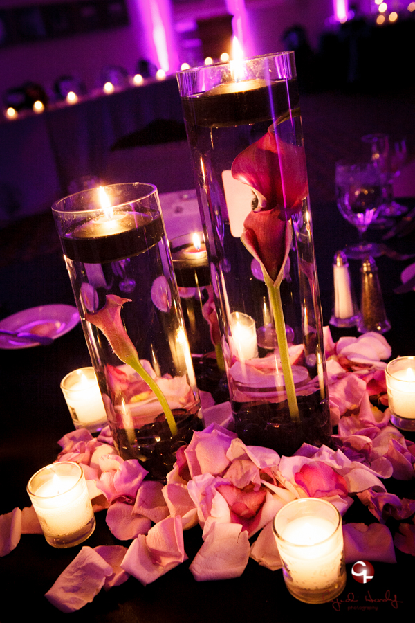 Thee Wedding Warehouse round floating candles