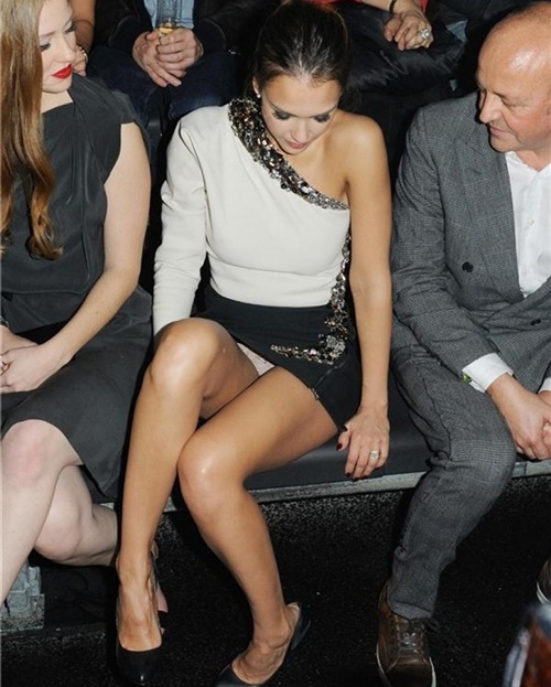 Jessica Alba Upskirt Panties