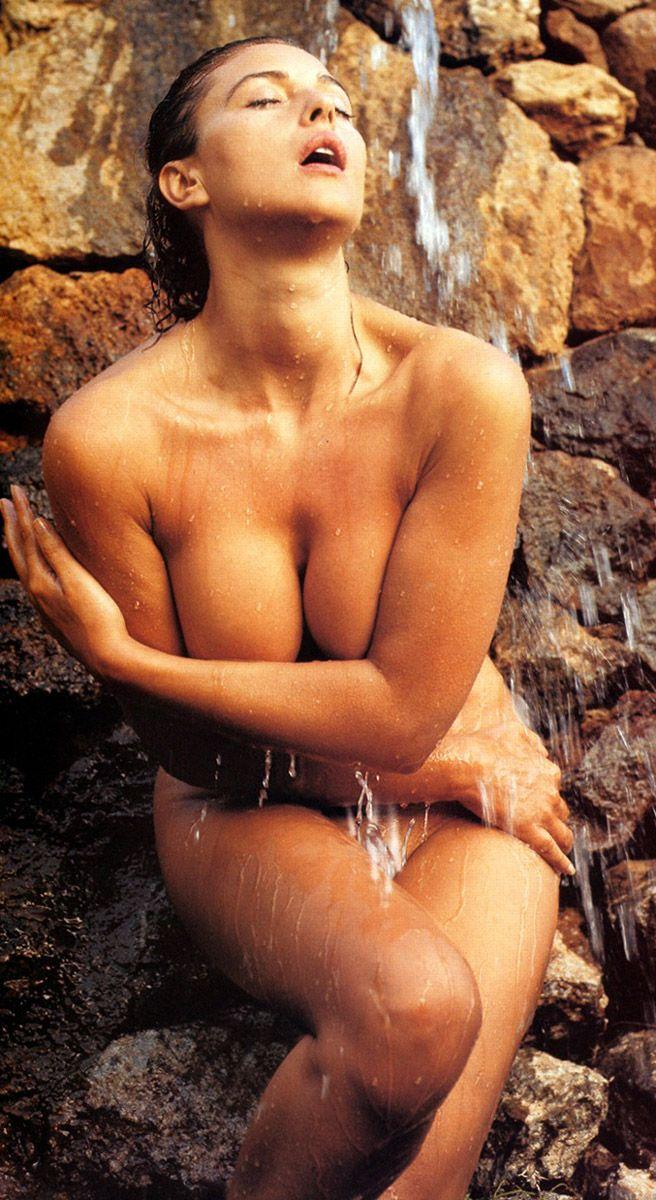 nude hot girls monica belluci