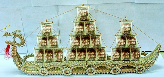 This Is A Great 3D Origami Craft The Dragon Boat Fully Folded Using Money Bills Check It Out Bill