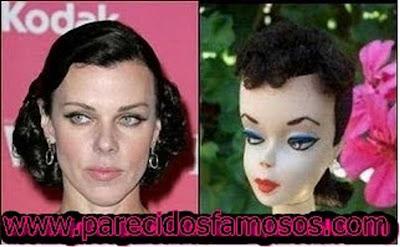 Debi Mazar con Vintage Barbie