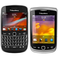 Which is better BlackBerry Bold 9900 or BlackBerry Torch 9810