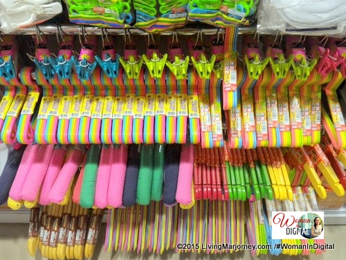 Daiso Japan Coloful Hangers