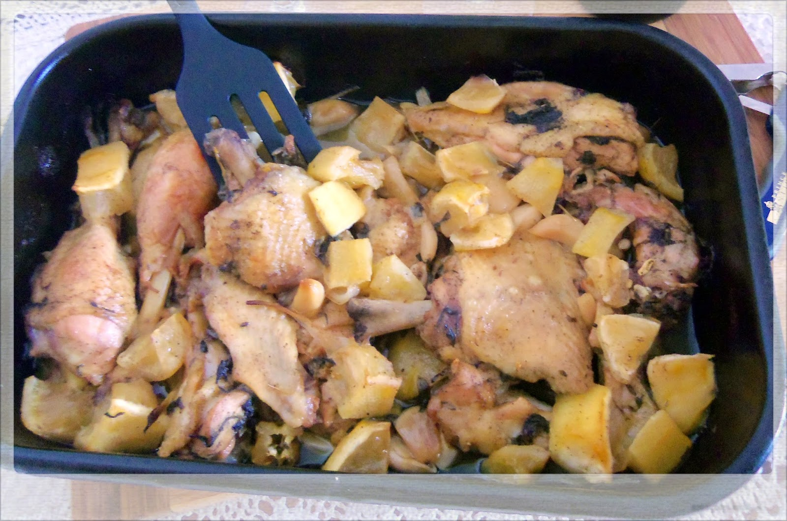 You've Got Meal!: Lemon and Garlic Chicken- Slow Roasted Goodness