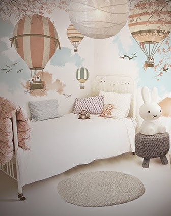 little hands little hands wallpaper mural balloon ride ii. Black Bedroom Furniture Sets. Home Design Ideas