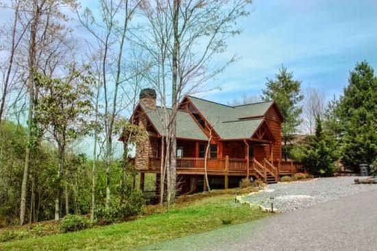 The blue ridge experience may 2014 for Mountain laurel cabin rentals blue ridge ga