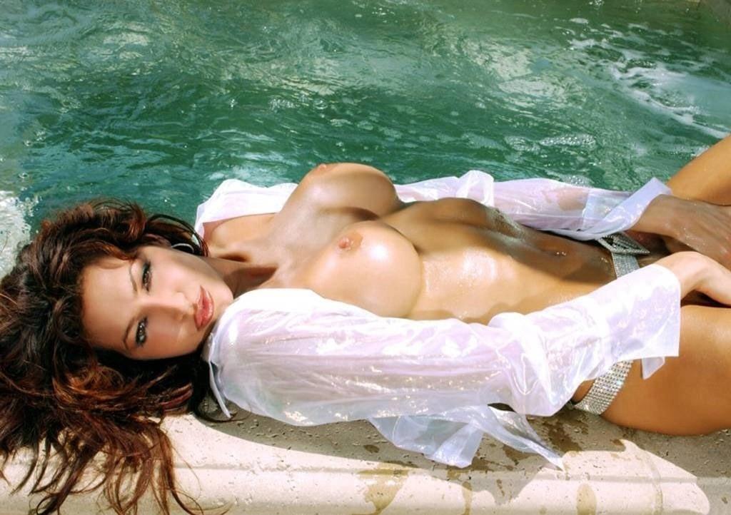 Angela Taylor Nude