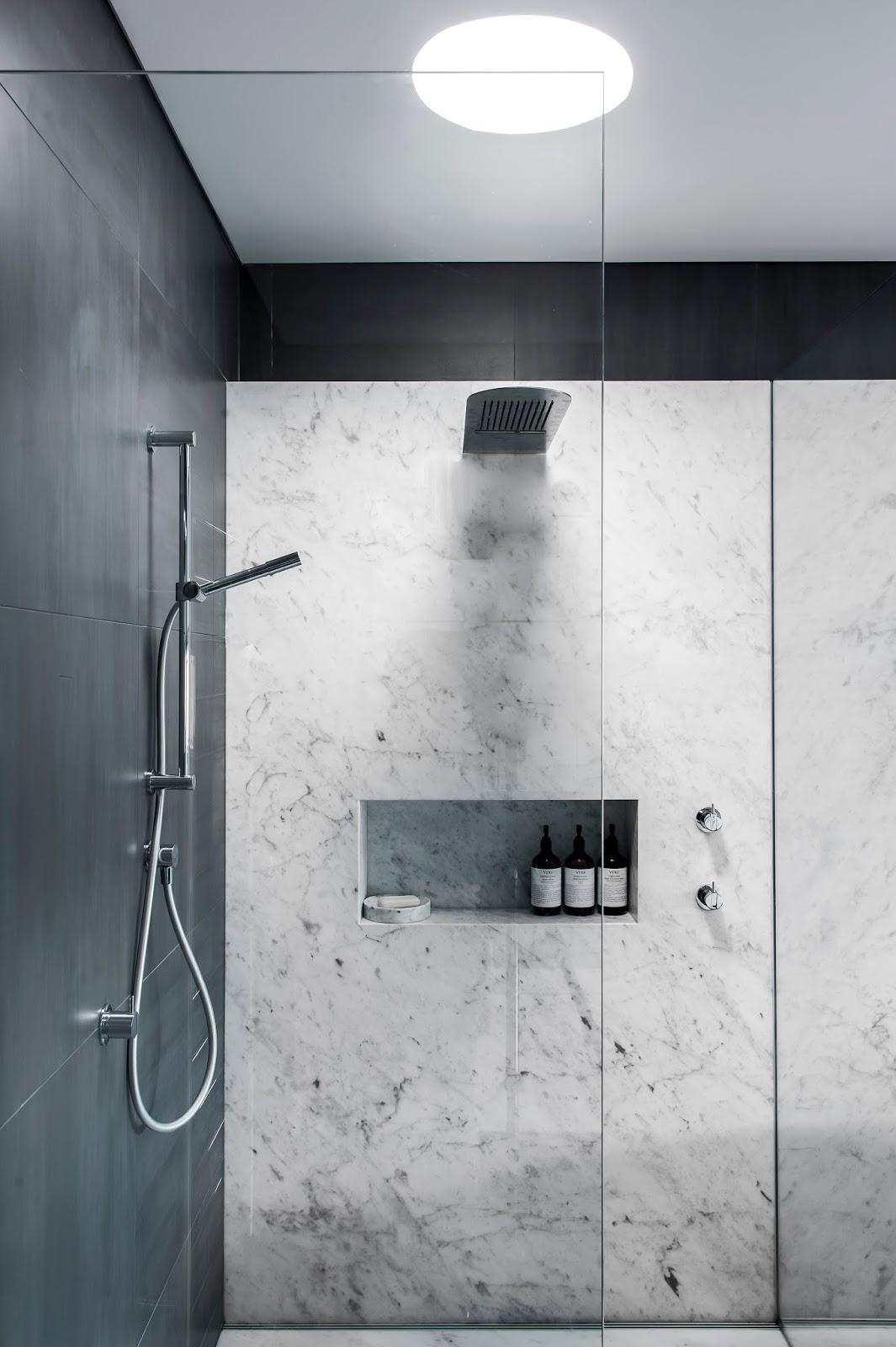 Minosa: Understated elegance creates a stunning bathroom.