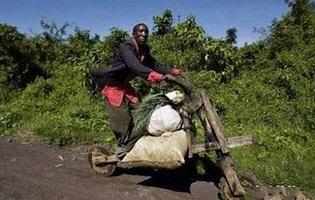 http://www.jadigitu.com/2012/11/uniknya-motor-buatan-orang-afrika.html