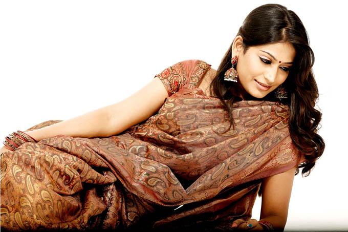 vijayalakshmi unseen glamour  images