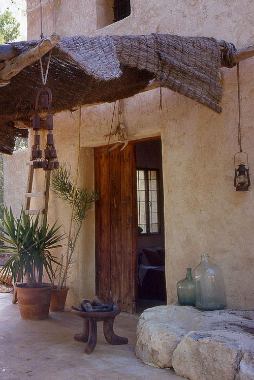 Casa r stica y moderna en ibiza todo sobre fachadas for Casa moderna y rustica