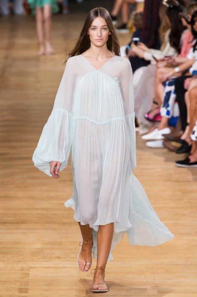4912fa51a Eles são inspirados nas camisolas dos séculos 18 e 19
