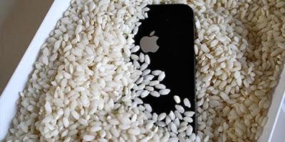 iPhone Suya Düşerse Yapılması Gerekenler