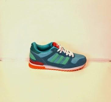 gambar sepatu, Adidas ZX 700  Women's photo sepatu, jual sepatu murah, grosir sepatu