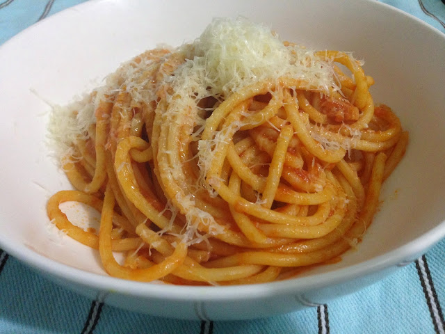 Bucatini all' Amatriciana from Light of Lucia by Luciana Sampogna.
