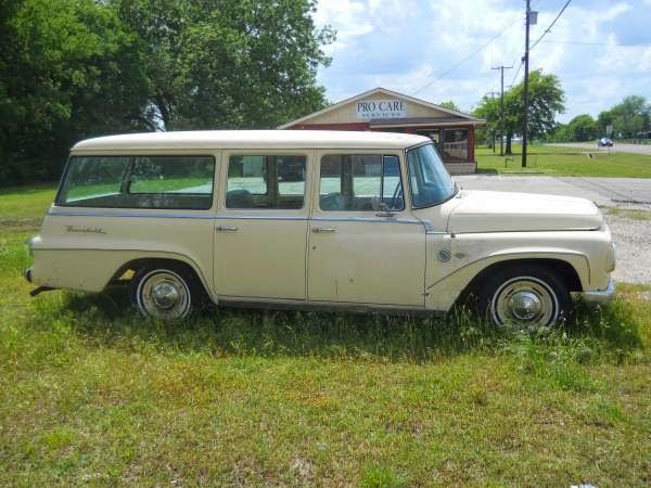 1967 International Travelall   Auto Restorationice