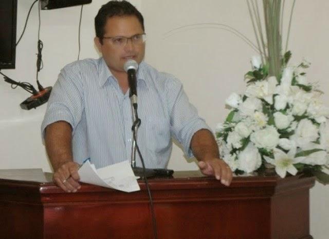 Vereador de Ouro Velho comemora aprovação da sua gestão em 2013