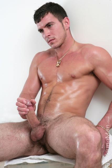 фото сексуальных накаченых голых мужчин