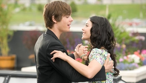 Can I Have This Dance - Vanessa Hudgens ft. Zac Efron