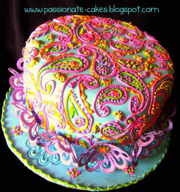 Wanna B Gourmande IndiaThemed Wedding Cakes ~ 221321_Cake Decorating Ideas India
