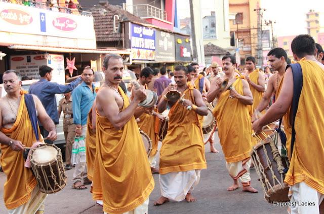 Udupi Paryaya 2016-18 Pura Pravesha Pejawara Swami 22