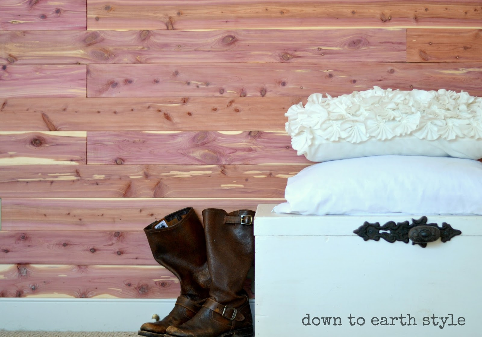 Down To Earth Style Natural Cedar Wood Accent Wall