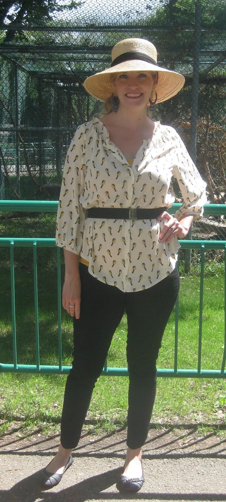 http://vvboutiquestyle.blogspot.ca/2013/08/flattered-by-flatter-me-belts.html