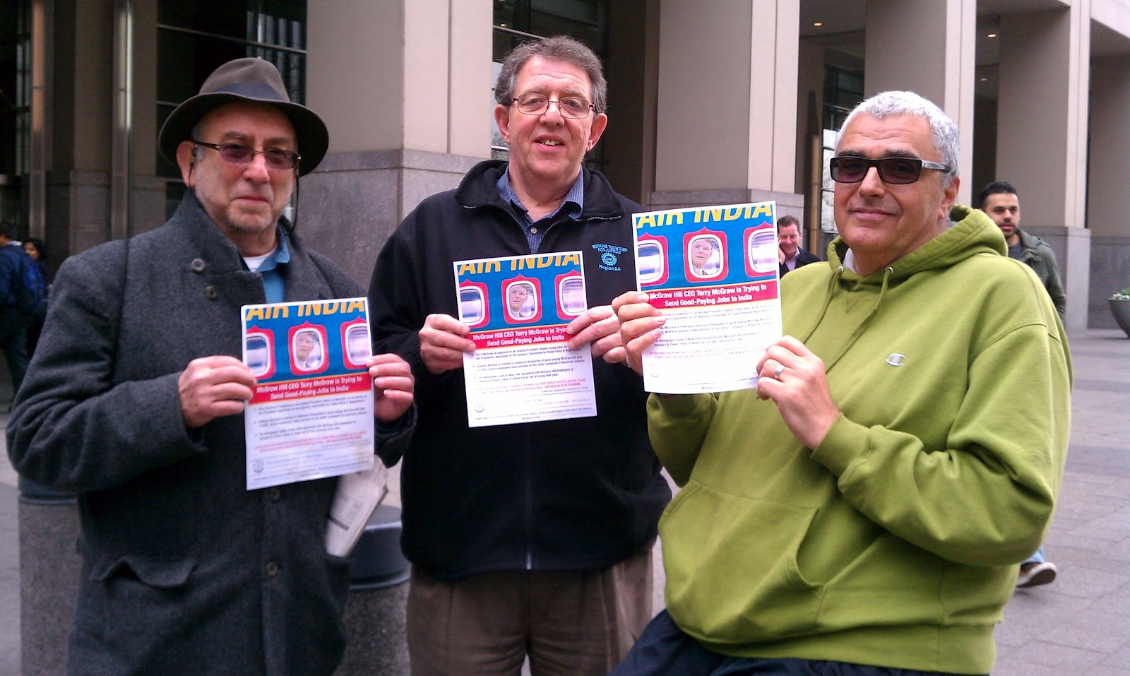 broadcast union news the newspaper guild of new york local 31003 left to right gary schoichet communications director cwa local 1180 larry goldbetter president national writers union uaw local 198