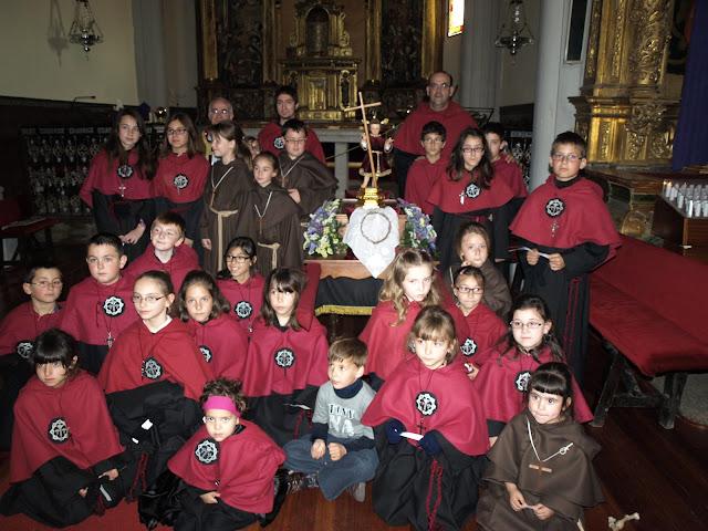 participantes en la procesion infantil