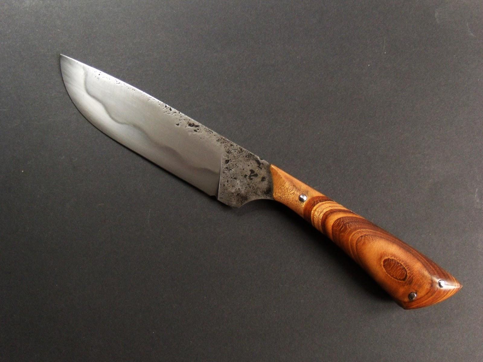 Couteau fixe le petit chasseur couteaux de la lame au pommeau - Le petit couteau santoku ...