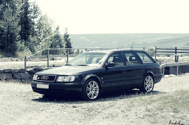 Automotive Database Audi S4