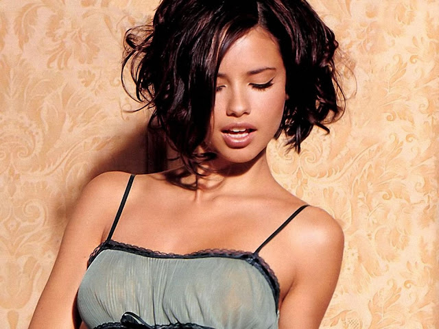 ADRIANA LIMA wallpaper