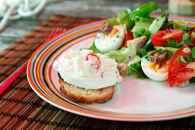 nizzan salaatti, marinoitu mozzarella