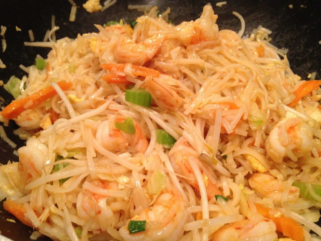 Healthy Makeover: Shrimp Pad Thai