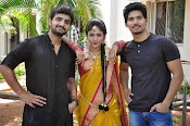kundanapu bomma star cast photos-thumbnail-8