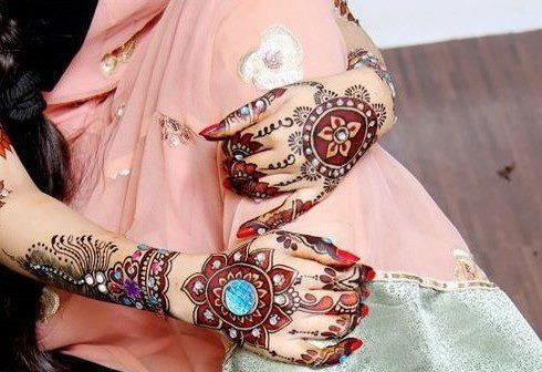 Mehndi Hands Couple : New latest hand mehndi of valentine s couple pakistani